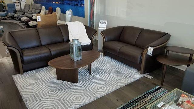 NEW BDI Orlo coffee and side tables! Paired with our Ekornes Manhattan sofa set. #stressless #ekornes #bdifurniture #midcenturymodern