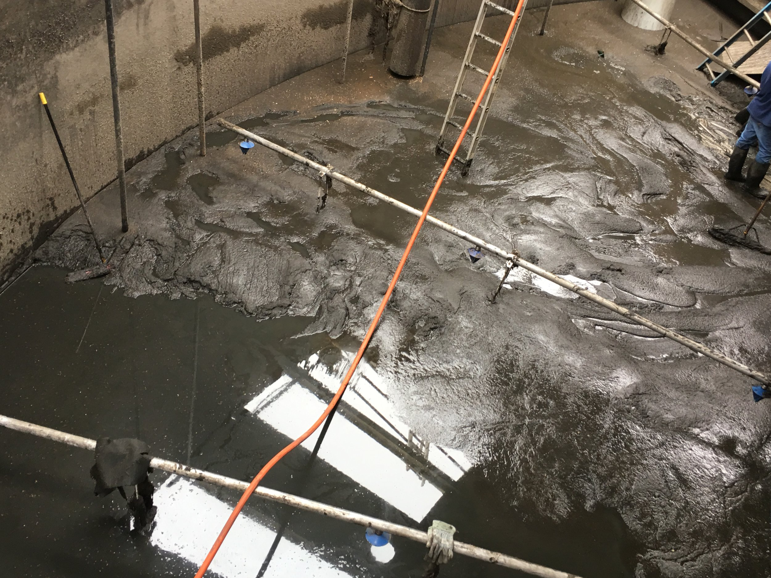 Wastewater & Water Plant Cleaning -