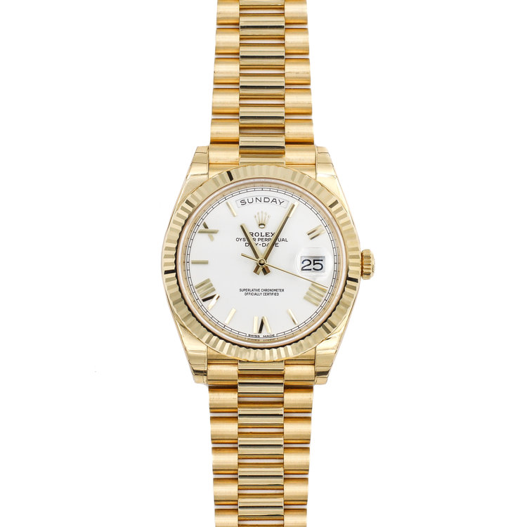 2018 18kt Yellow Gold White Dial - Rolex Day Date 40