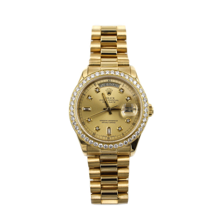 Rolex Day Date 36mm President - 18Kt Yellow Gold with White Diamond Bezel