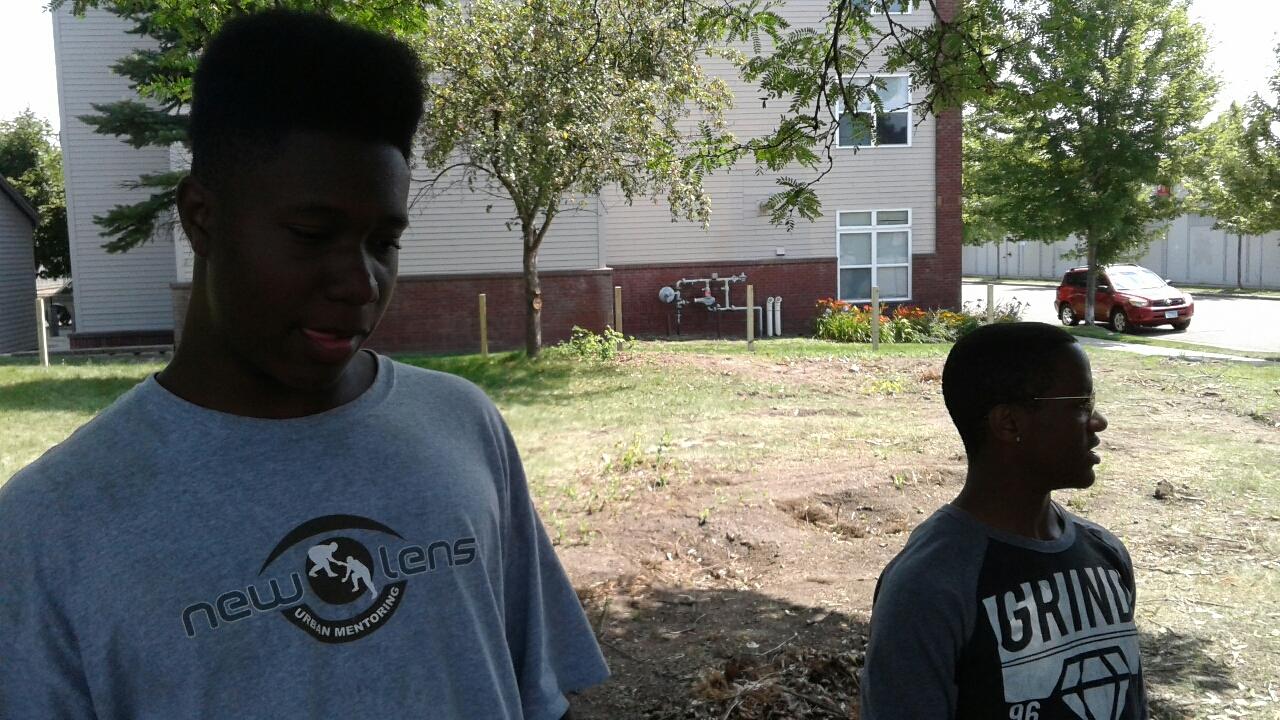 New Lens Urban Mentoring Society Landscaping 09.JPG