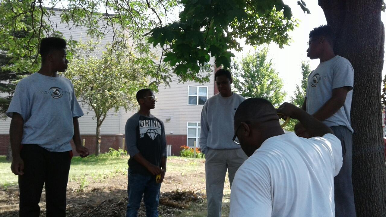 New Lens Urban Mentoring Society Landscaping 10.JPG