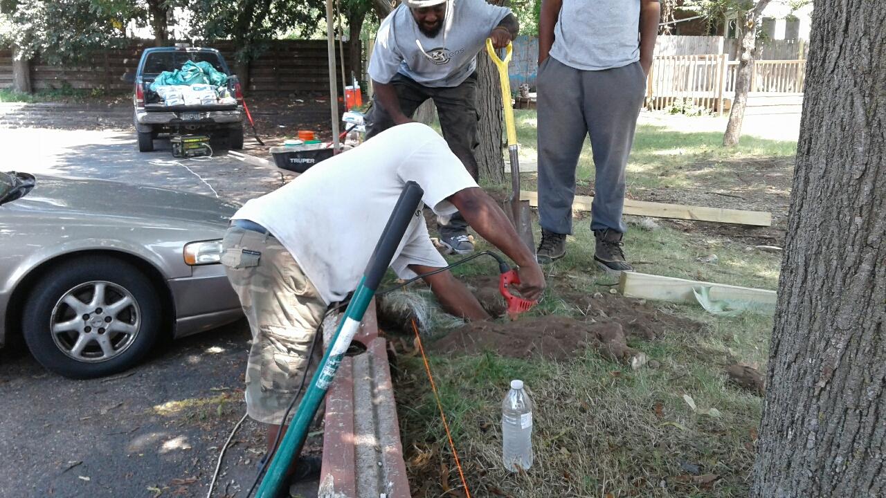 New Lens Urban Mentoring Society Landscaping 01.JPG