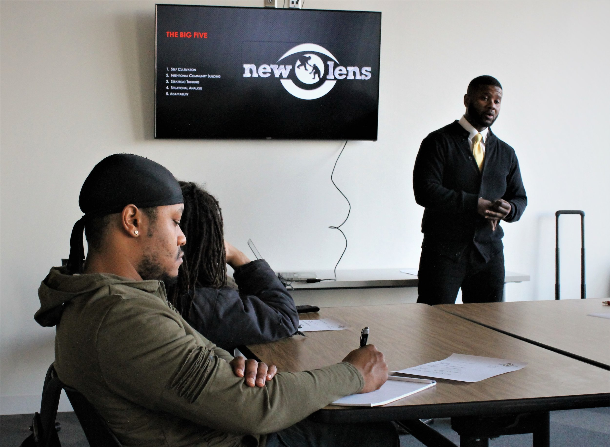 New Lens Urban Mentoring Society #NewLensSociety 05.jpg