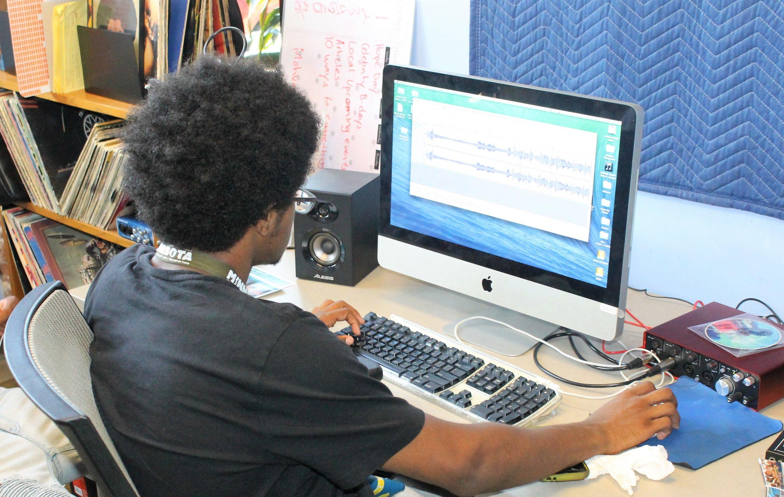 New Lens Urban Mentoring Society #NewLensSociety George Washington Carver Experience (4).JPG
