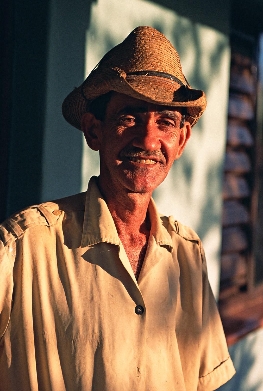 Worker - Vinales Cuba