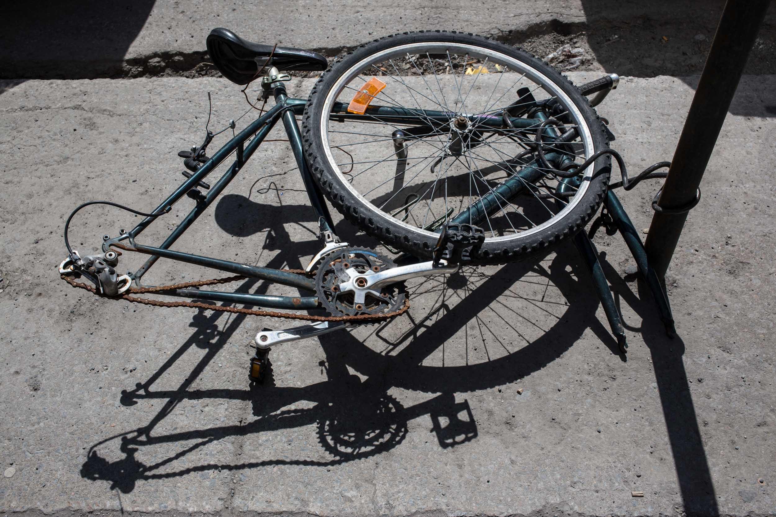Henri, Nalla, vélo