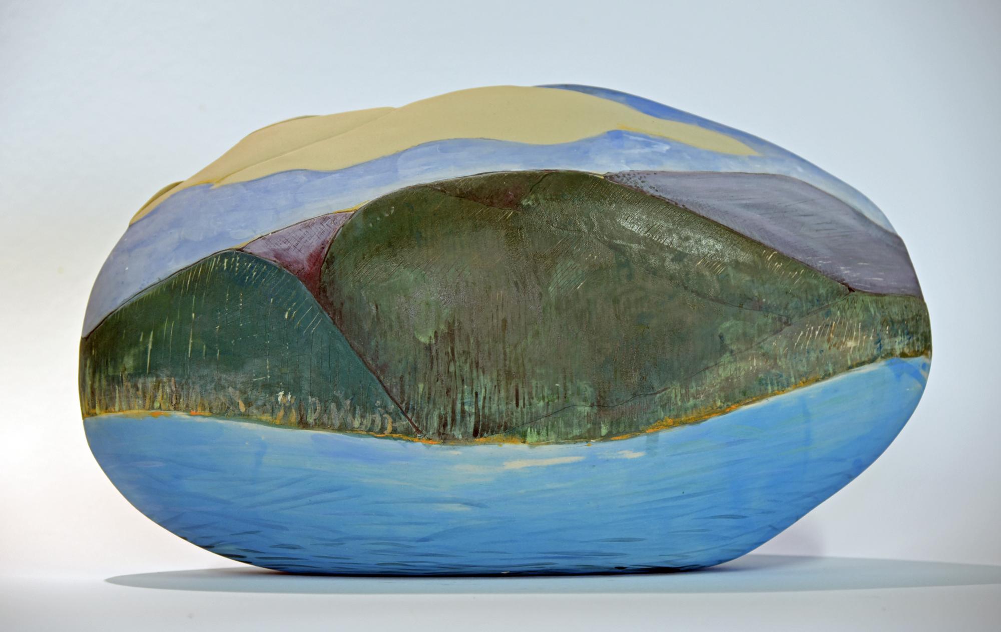 Land/seascape vessel