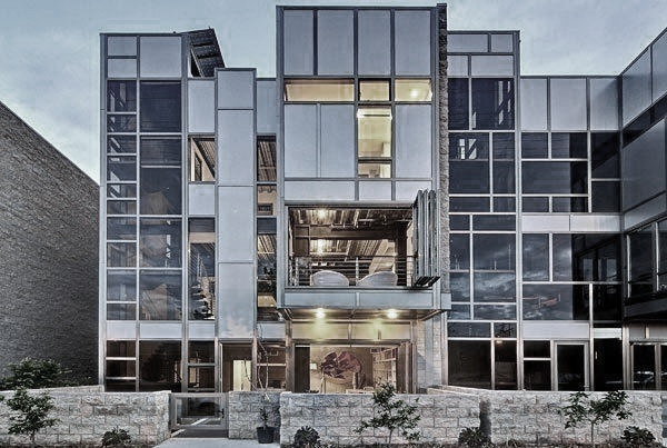 Studio Session   Our LA studio is located in a four-story modern glass and steel LEED certified loft building. We maintain a friendly atmosphere with a balance of studio work and lofty comfort. Standard Studio Services include: