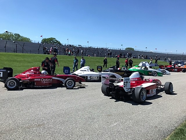 indy pmf waiting to enter track.JPG