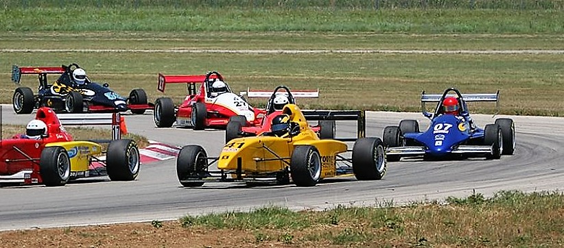 motorsport ranch-cars on track-cropped.jpg
