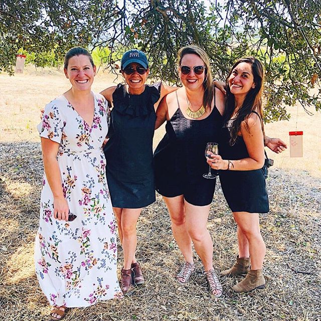 One of the best parts about visiting so many wineries is all of the awesome people you meet! During our first trip to @beldenbarns we got to meet the whole Belden fam, including Lauren who is in this pic with us, AND a fellow wine blogger @sonomawinelife ❤️ we had a truly magical day and got to share it with each other, some old friends and some new friends. ⁣⁣ ⁣⁣ Read more about our perfect day at Belden Barns at the link in our bio! #wnwc ⁣ ⁣ Pic from @sonomawinelife