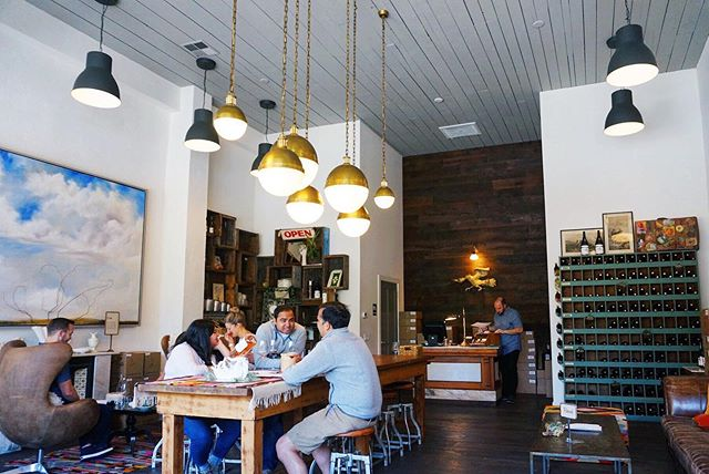"""Whew, it's hot out. While SF can be very fog covered in the summer, you can always find the heat in Sonoma and Napa. We love to make one stop that we know is cooler, both in temps and in style, and that stop is usually @bansheewines. ⠀⠀⠀⠀⠀⠀⠀⠀⠀ Sitting down at Banshee feels like being invited over to your """"cool"""" friends house. There's a record playing, delicious wine and usually new friends. ⠀⠀⠀⠀⠀⠀⠀⠀⠀ Read all about Banshee at the link in our bio. #wnwc  #winenot #winecountry #winecountrylife #healdsburg #bansheewines #pinotnoir #wineblogger"""