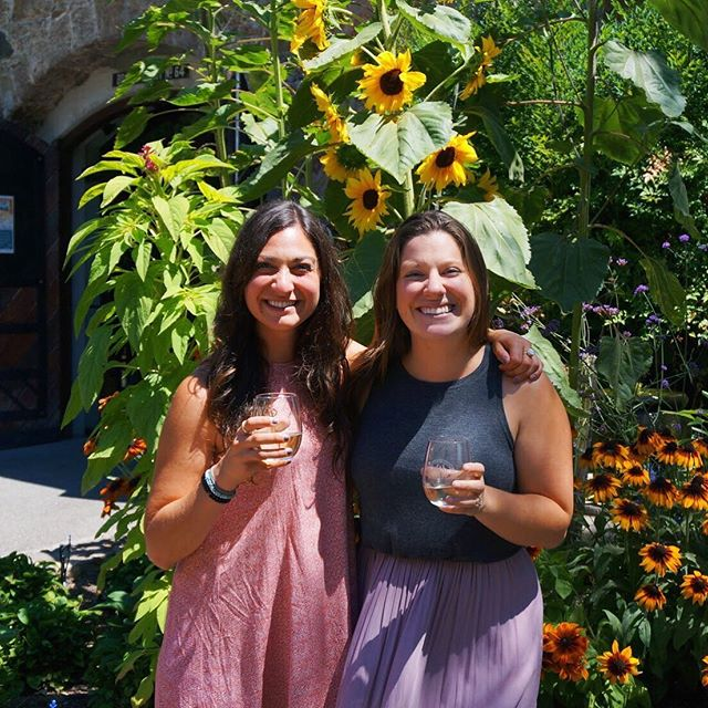 Cheers! Have a great week ahead 🥂 Anyone planning to go to Wine Country for Labor Day? We sure are! #wnwc ⠀⠀⠀⠀⠀⠀⠀⠀⠀ ⠀⠀⠀⠀⠀⠀⠀⠀⠀ #winenot #winecountry #napa #sonoma #ldw #visitnapa #visitnapavalley #visitsonomacounty