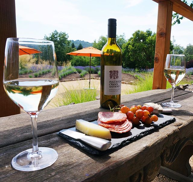 Hot day, crisp Sauvignon Blanc, cheese & charcuterie, Adirondack chair reclining in the shade, smell of lavender. If we're describing your ideal day, then girl, have we got a winery for you! ⠀⠀⠀⠀⠀⠀⠀⠀⠀ @matanzascreek has some of the most impeccable grounds, thanks to their huge field of lavender that they harvest every year for lotion and other products. ⠀⠀⠀⠀⠀⠀⠀⠀⠀ They also let you bring your own picnic, grab a bottle of delicious wine from the taproom and make yourself at home anywhere on their grounds. Pro tip: these seats at the top of the hill overlooking all of the action are our favorites 😊 ⠀⠀⠀⠀⠀⠀⠀⠀⠀ Read all about Matanzas Creek at the link in our bio! #wnwc