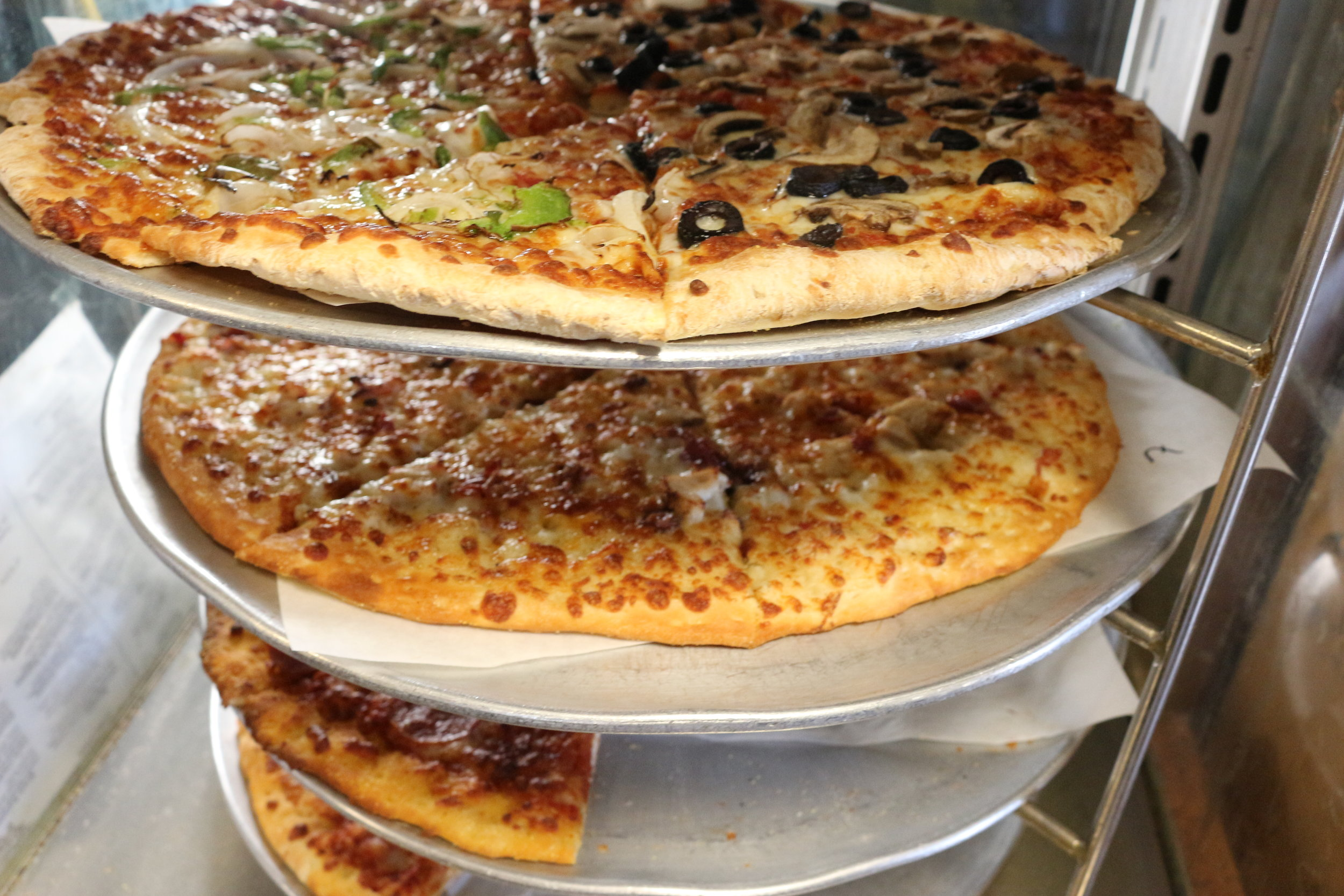 Mckay's Taphouse &Pizzerria - By: Francesco Savoy