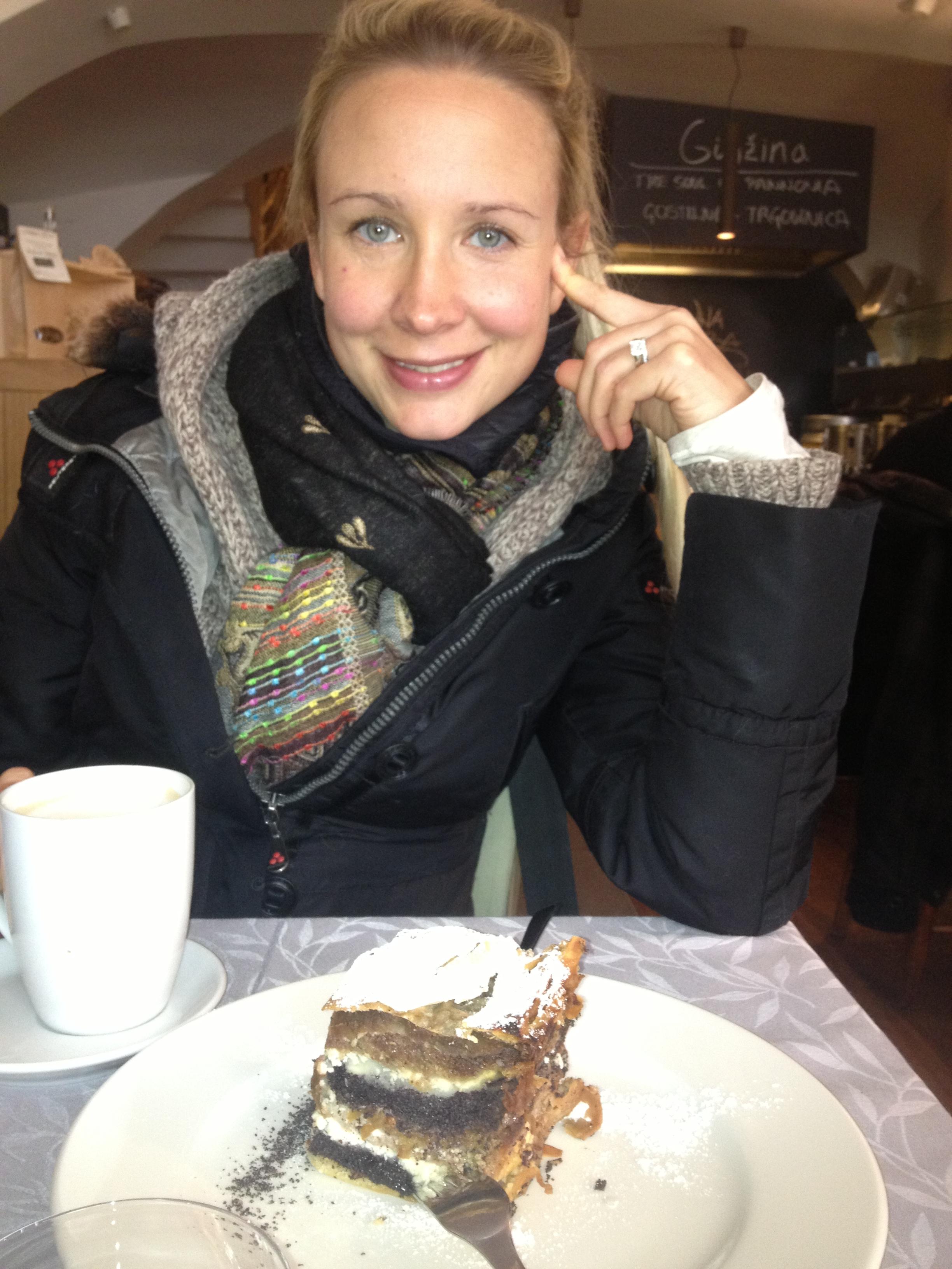 Sara #1 Cake
