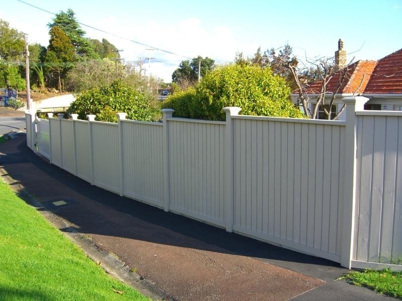 (2) Shiplap fence & gates