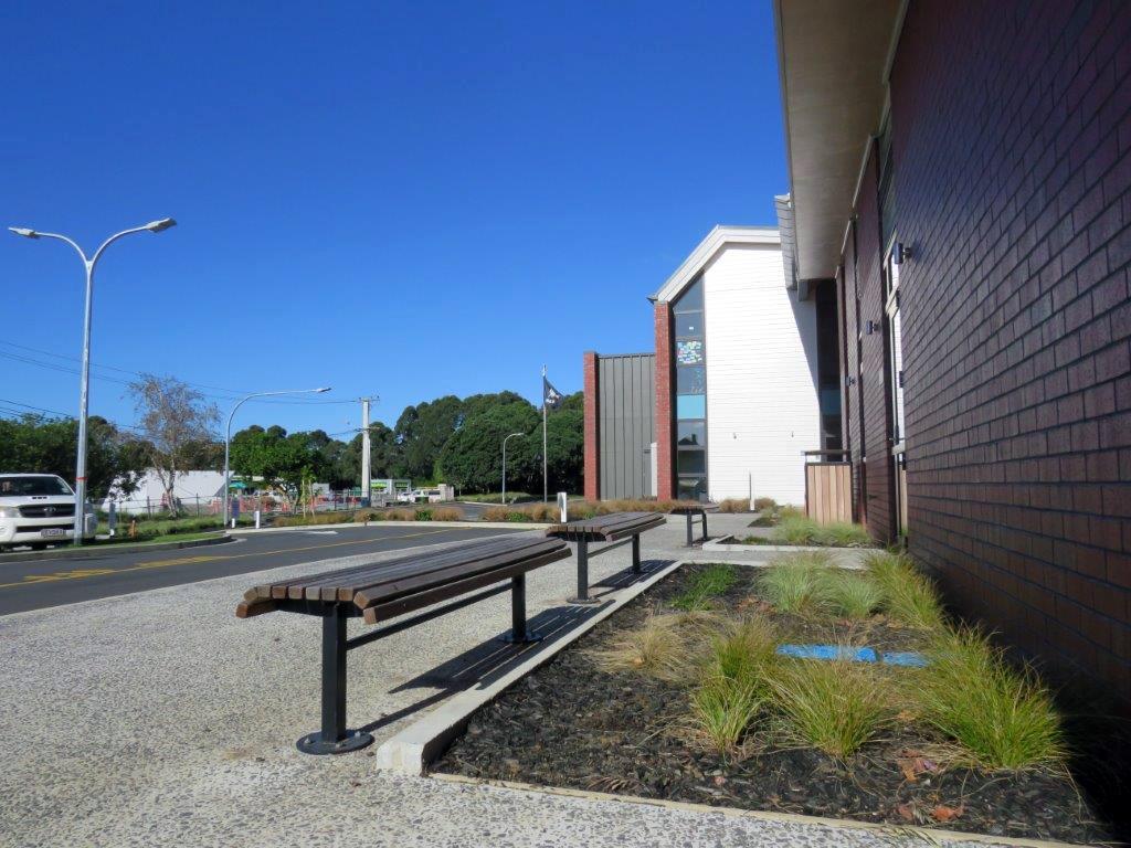 (6) Waterview School