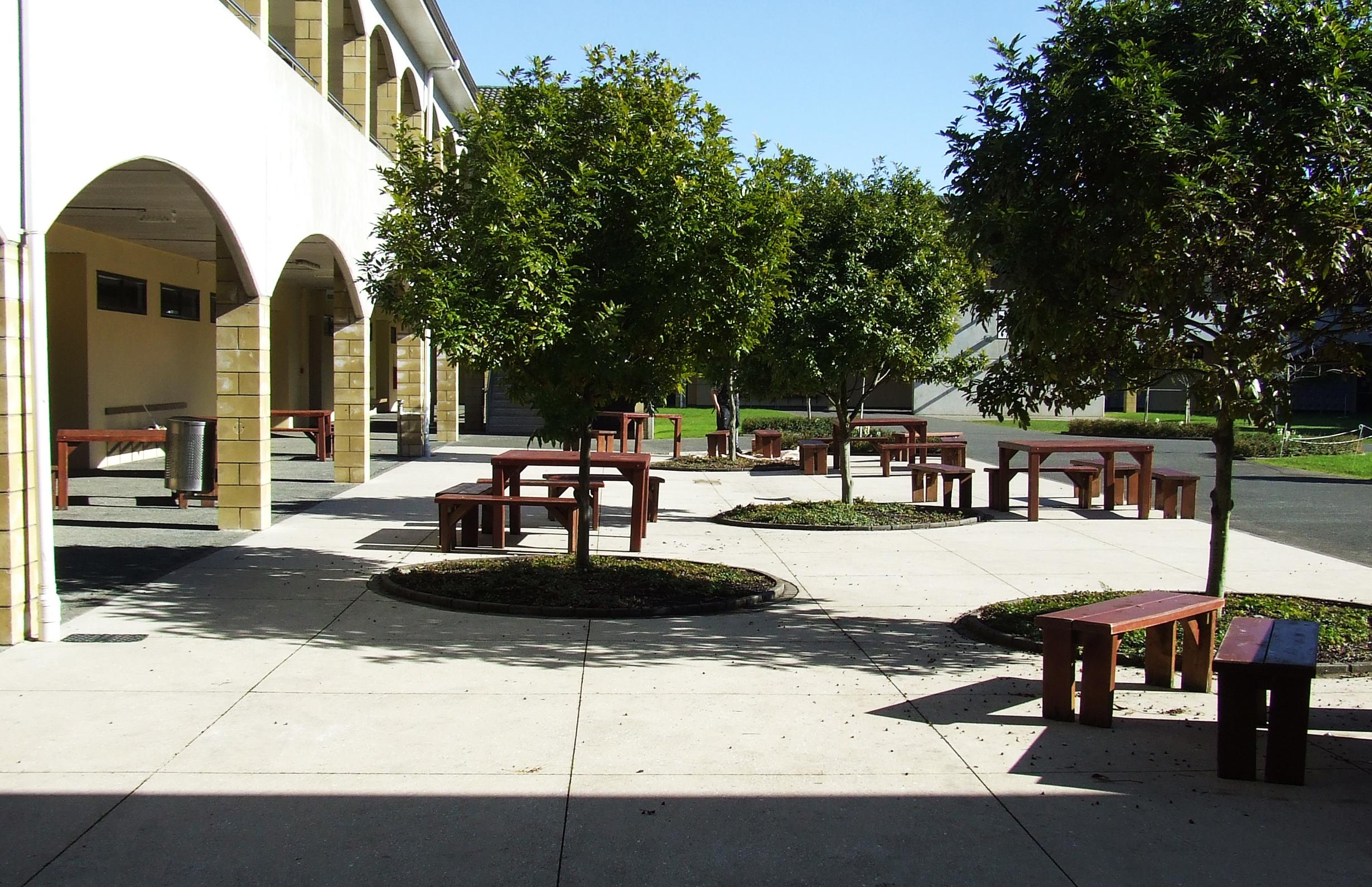 (11) Strathallan Campus