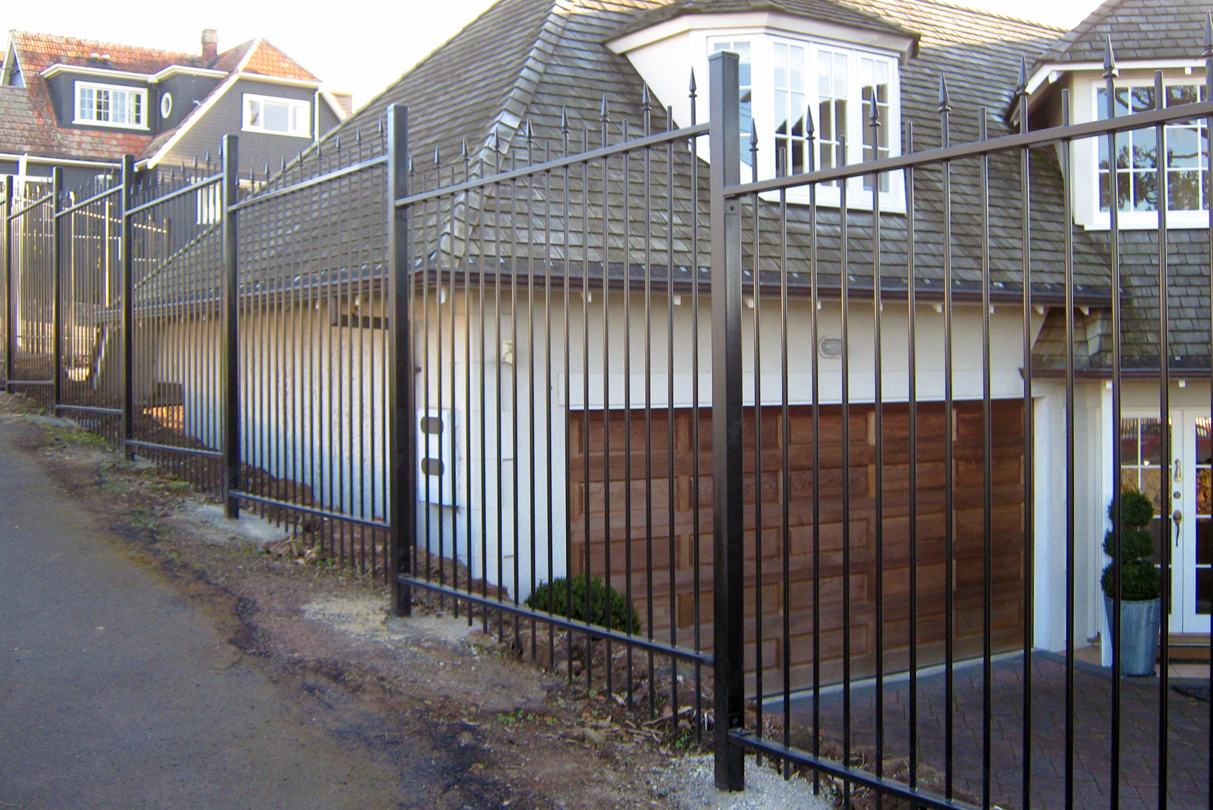(30) Custom built spear top fence