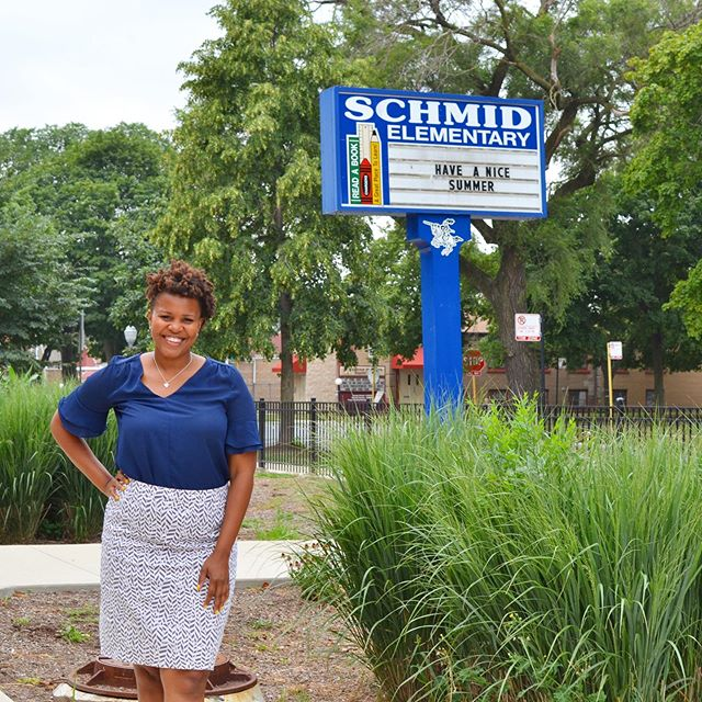 """""""You are not just a school leader, you're a community leader."""" Andrea Black has been serving the students of @chipubschools Schmid Elementary for seven years. Learn how this #tfachicagonwi alumni principal is driving change on the South Side of Chicago. Link in bio!"""