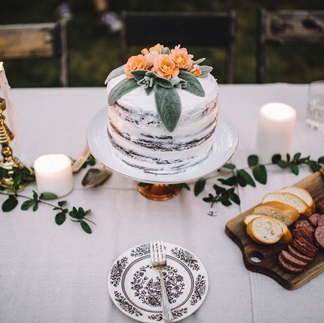 The offering of our own talents and creativity (take this beautiful cake for example) is an extravagant gift of humanity. ⠀⠀⠀⠀⠀⠀⠀⠀⠀ ⠀⠀⠀⠀⠀⠀⠀⠀⠀ Let's extend that to one another.  How do you share your creativity with others?⠀⠀⠀⠀⠀⠀⠀⠀⠀ #liveverityvaree