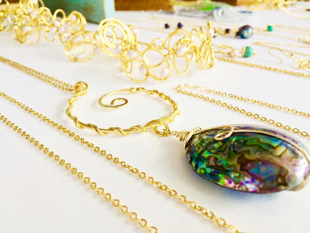 Beautiful handmade jewelry from Sirus