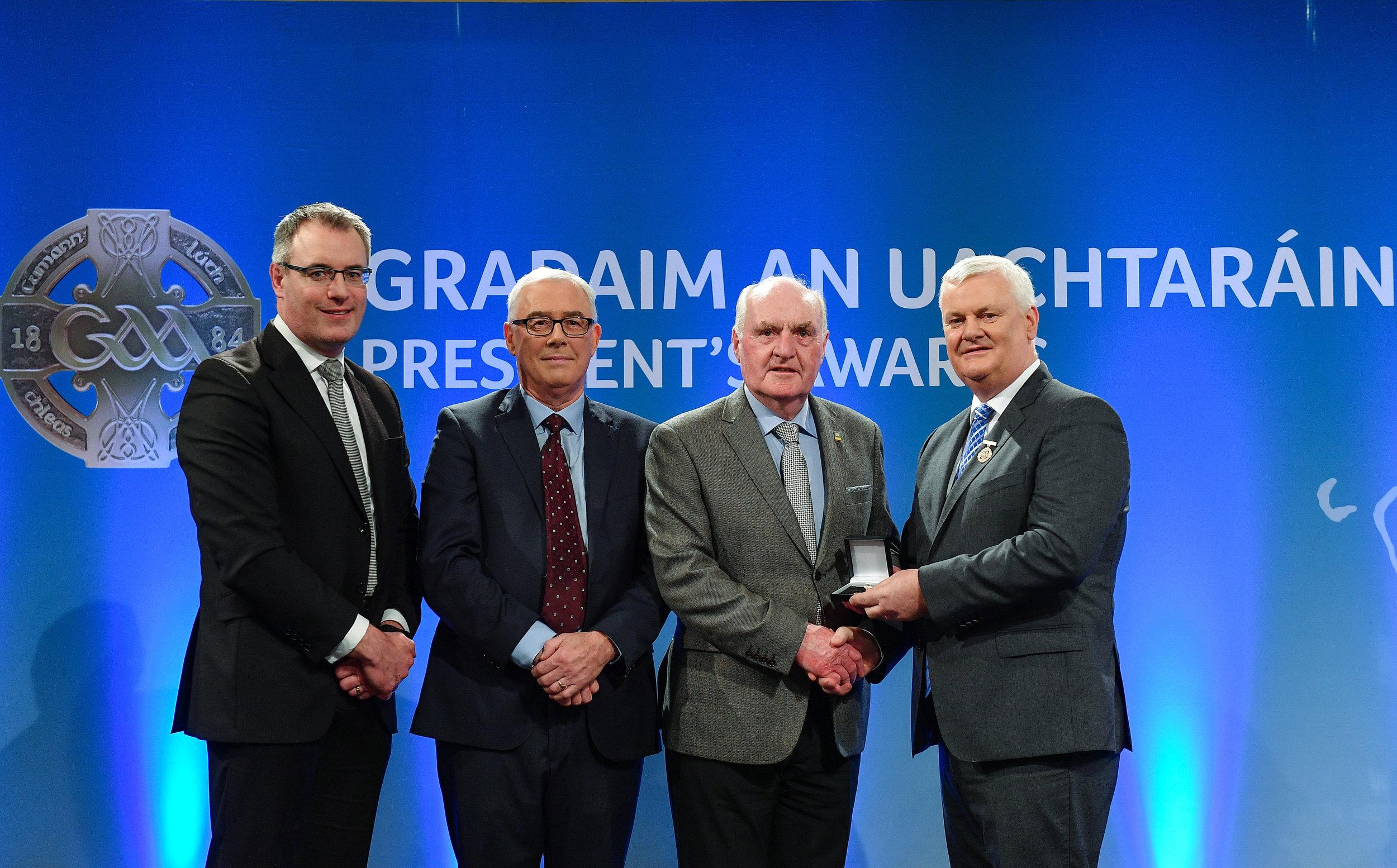 From left to right; Pádhraic Ó Ciardha, Leascheannasaí TG4, Patrick Farrell, Head AIB Area South, Seamus J.King, Uachtaran Aogán Ó Fearghail.
