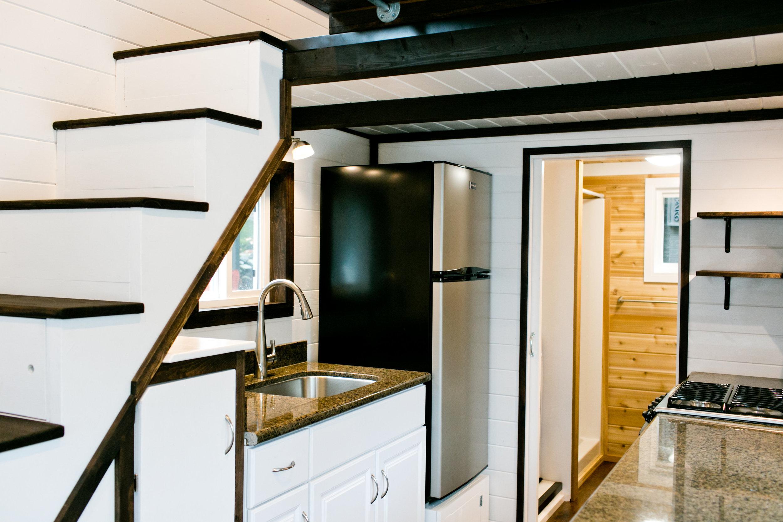 10 cubic foot stainless fridge/freezer