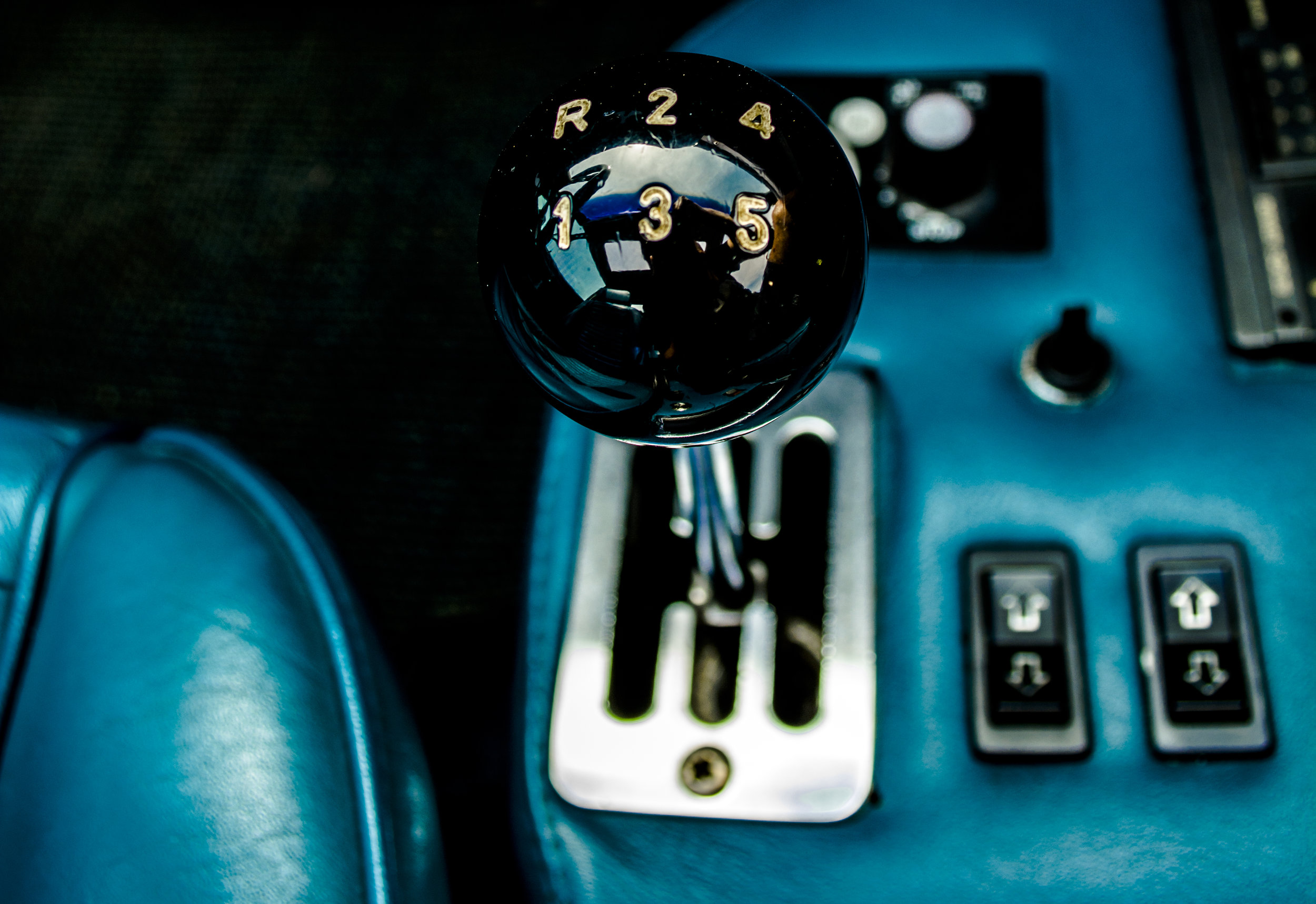 1977 Ferrari Dino 308 GT4 Gated Shifter