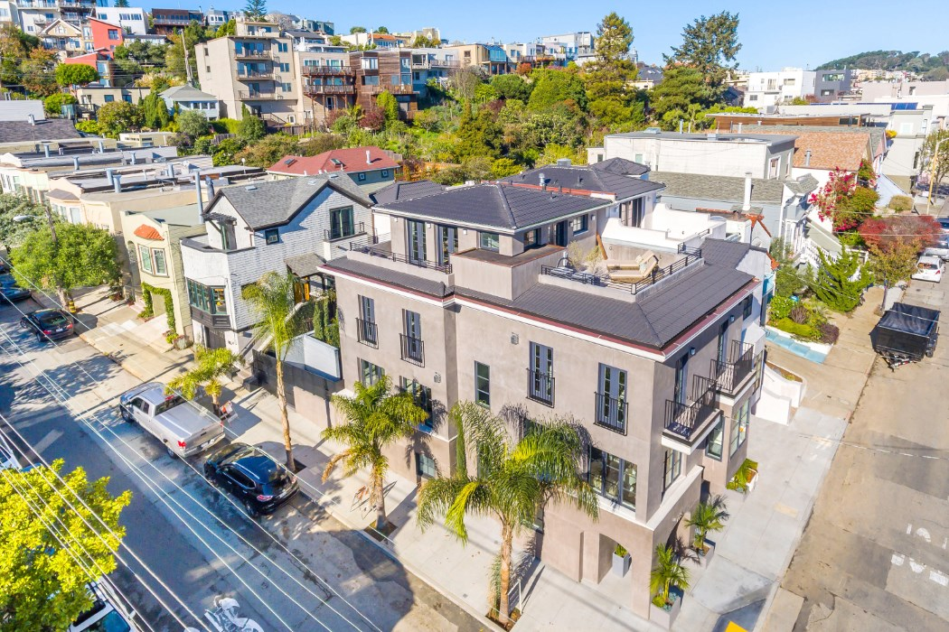 NOE VALLEY- 2 HOMES 1 LOT   Represented Buyer: $4,700,000 (Under List Price)