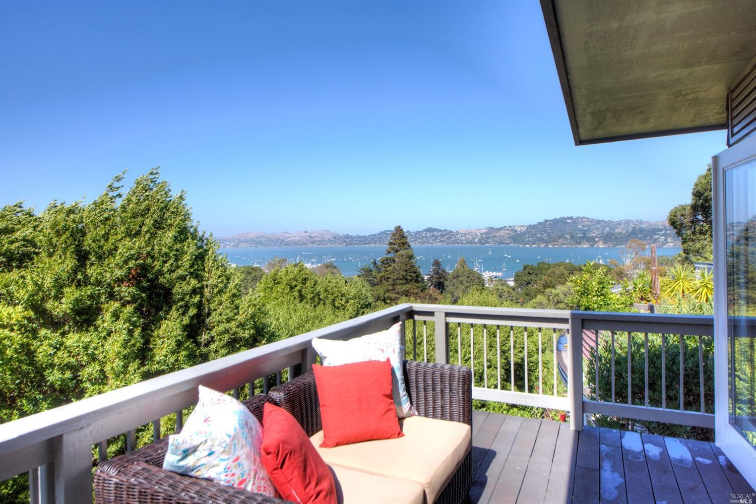 SAUSALITO- MID-CENTURY DUPLEX   Represented Buyer: $1,350,000 (At List Price)