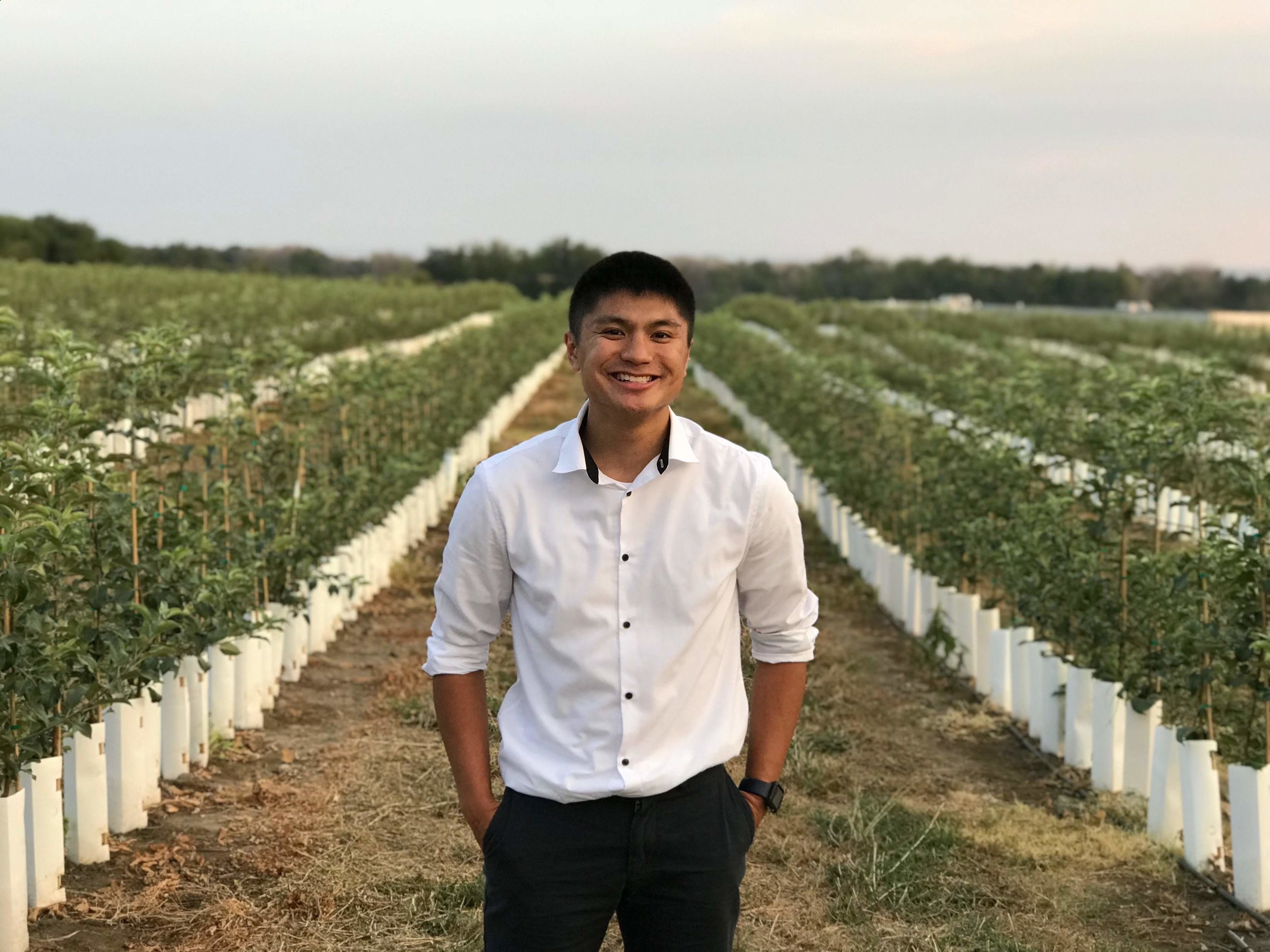 Hey I'm Gavin Basuel - Full Stack User Experience Designer, Conversion Rate Optimisation Specialist, and Funnel Hacker.Aiming to serve E-Commerce businesses through design thinking. Constantly self-educating with a white-belt mentality, boosting conversions through design thinking, and solve problems with empathy & entrepreneur mindset.
