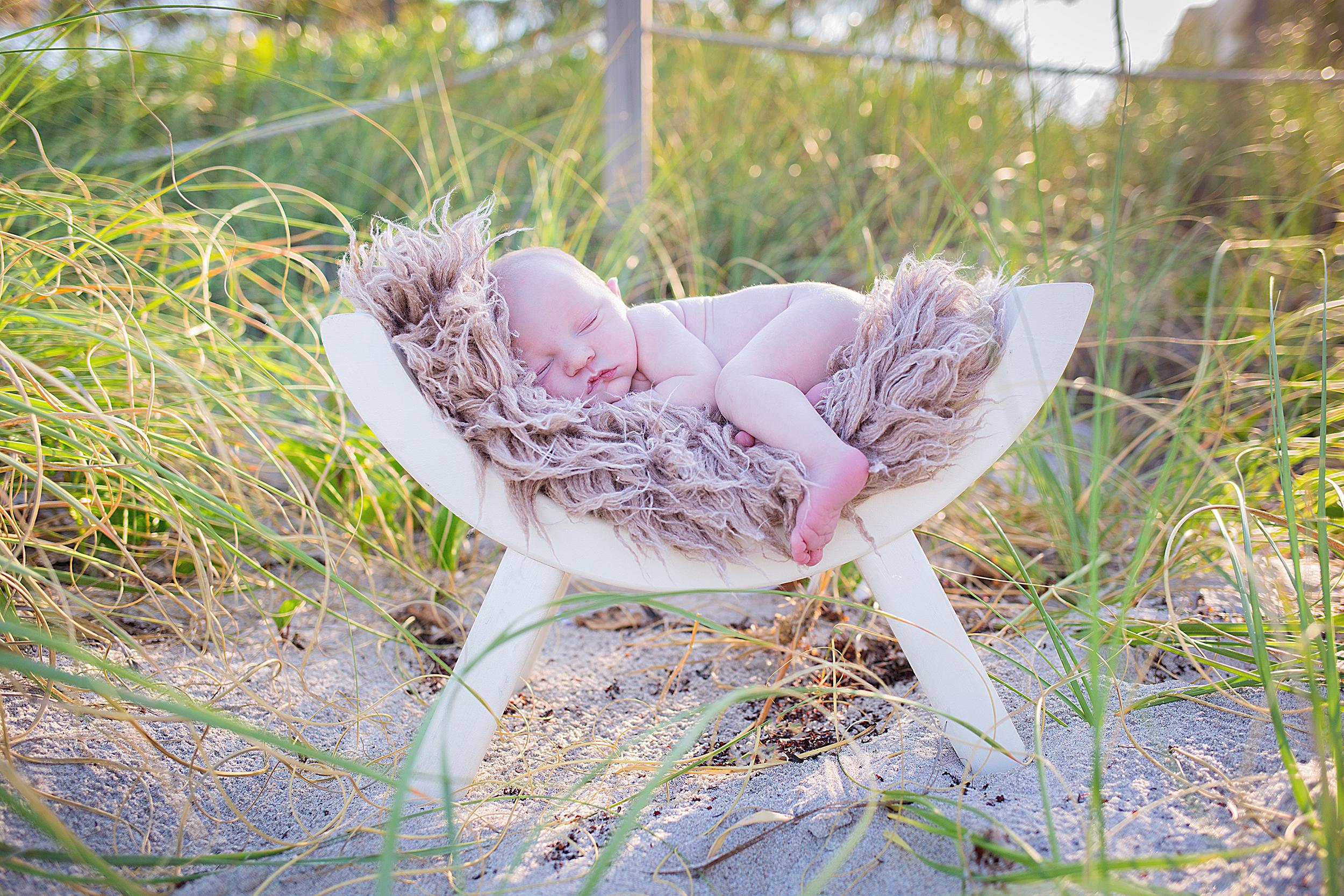 cocoa-beach-newborn-photographer.jpg