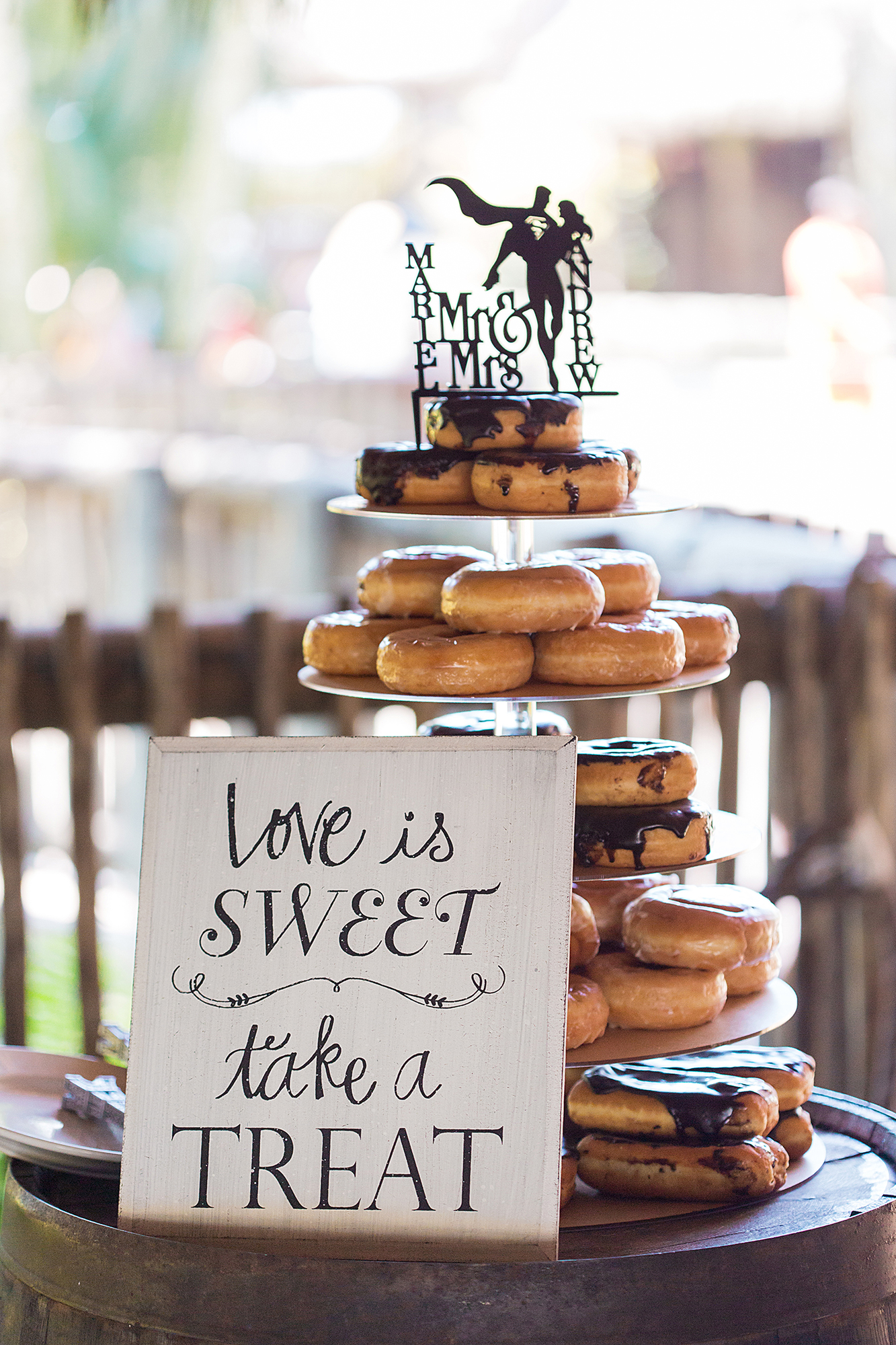 donut-wedding-cake.jpg