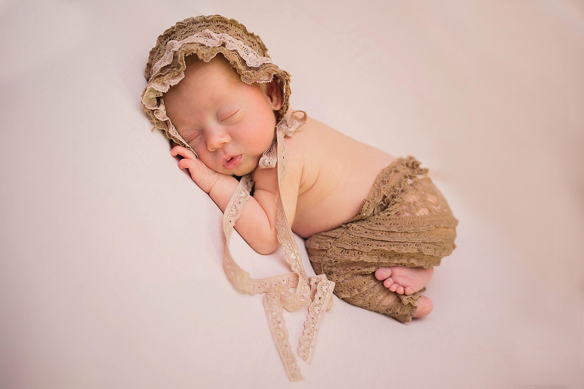 Eustis-newborn-photographer.jpg