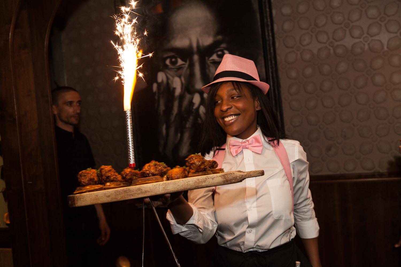 Harlem EatUp! : The Best Food In Harlem
