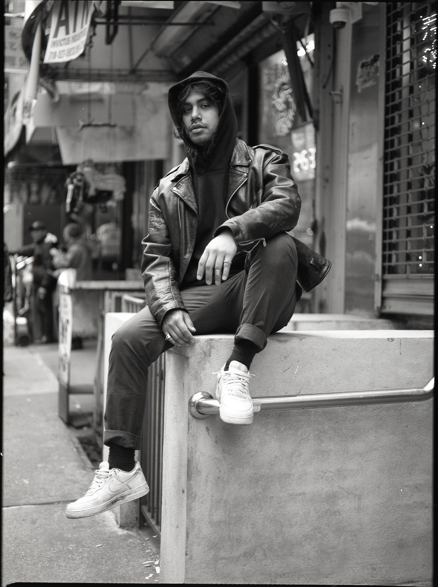 <strong>DJ Nas Leber</strong>