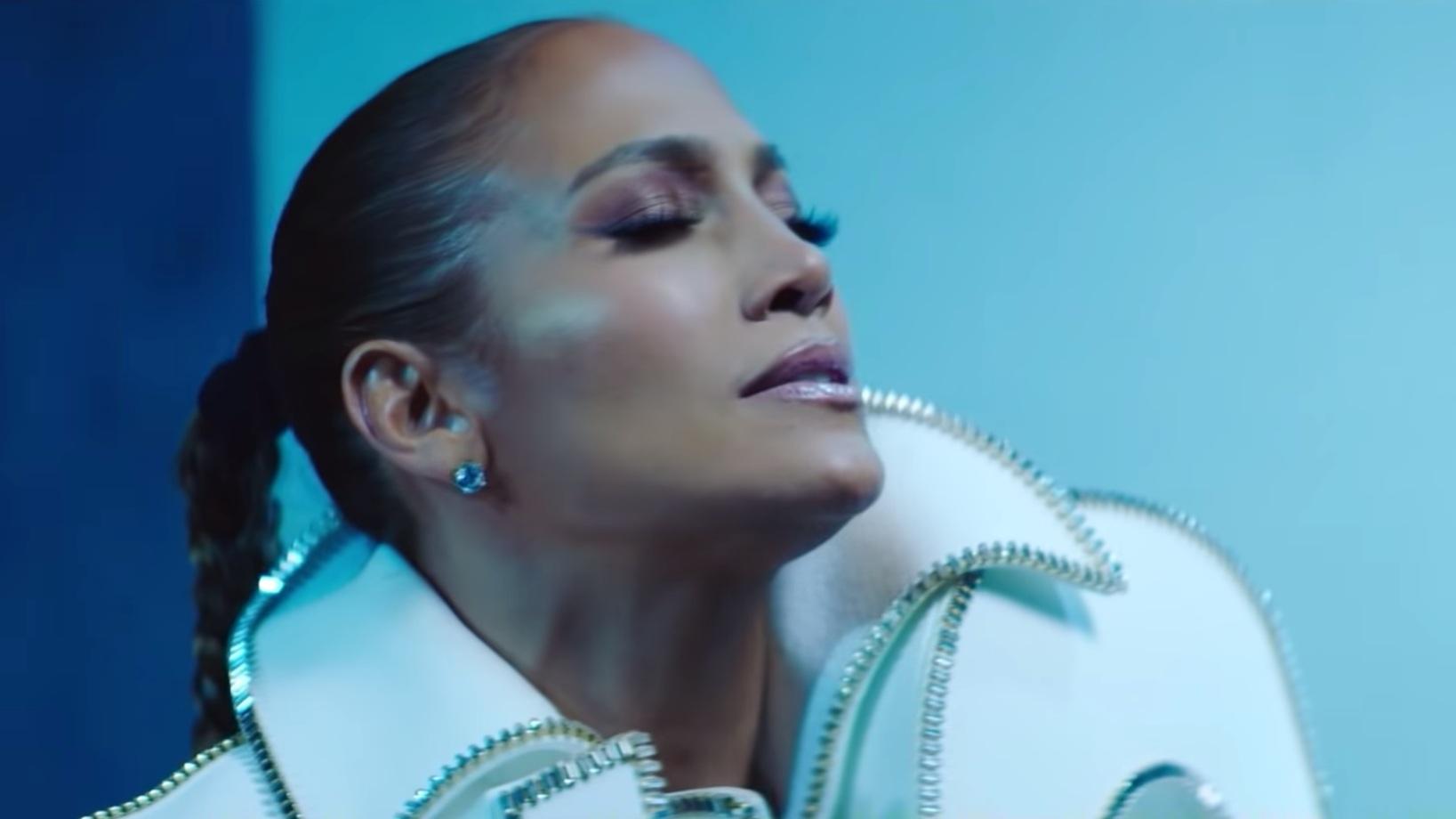 Jennifer Lopez - 'Te Bote 2'