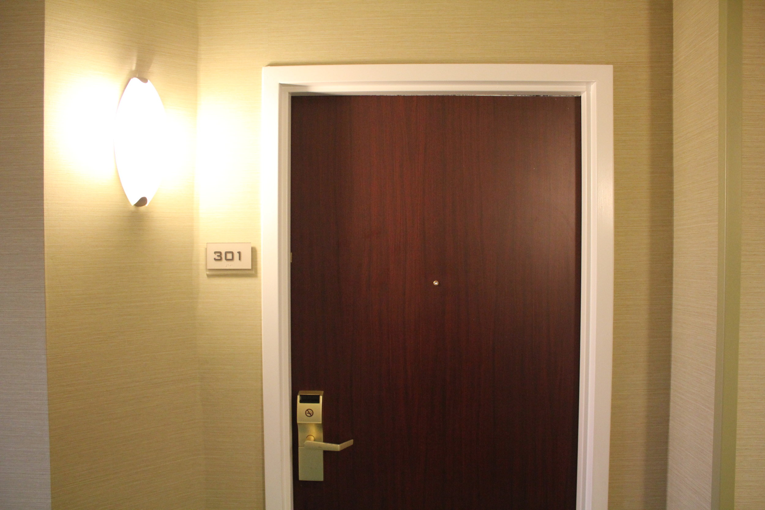 SpringHill Suites Charlotte Airport – Entrance to the room