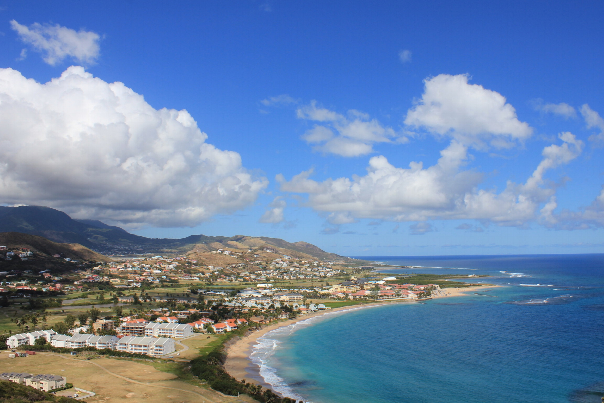 Sir Timothy's Hill – View of the Marriott Resort St. Kitts