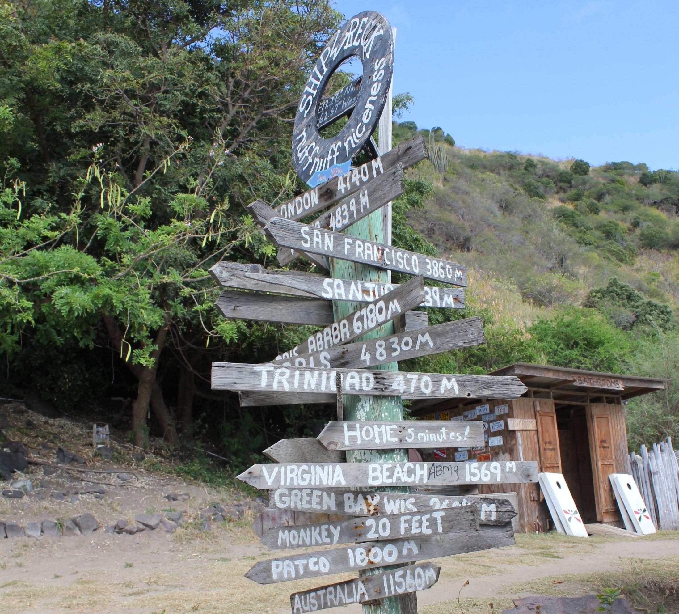 South Friar's Bay – Shipwreck Beach Bar welcome sign