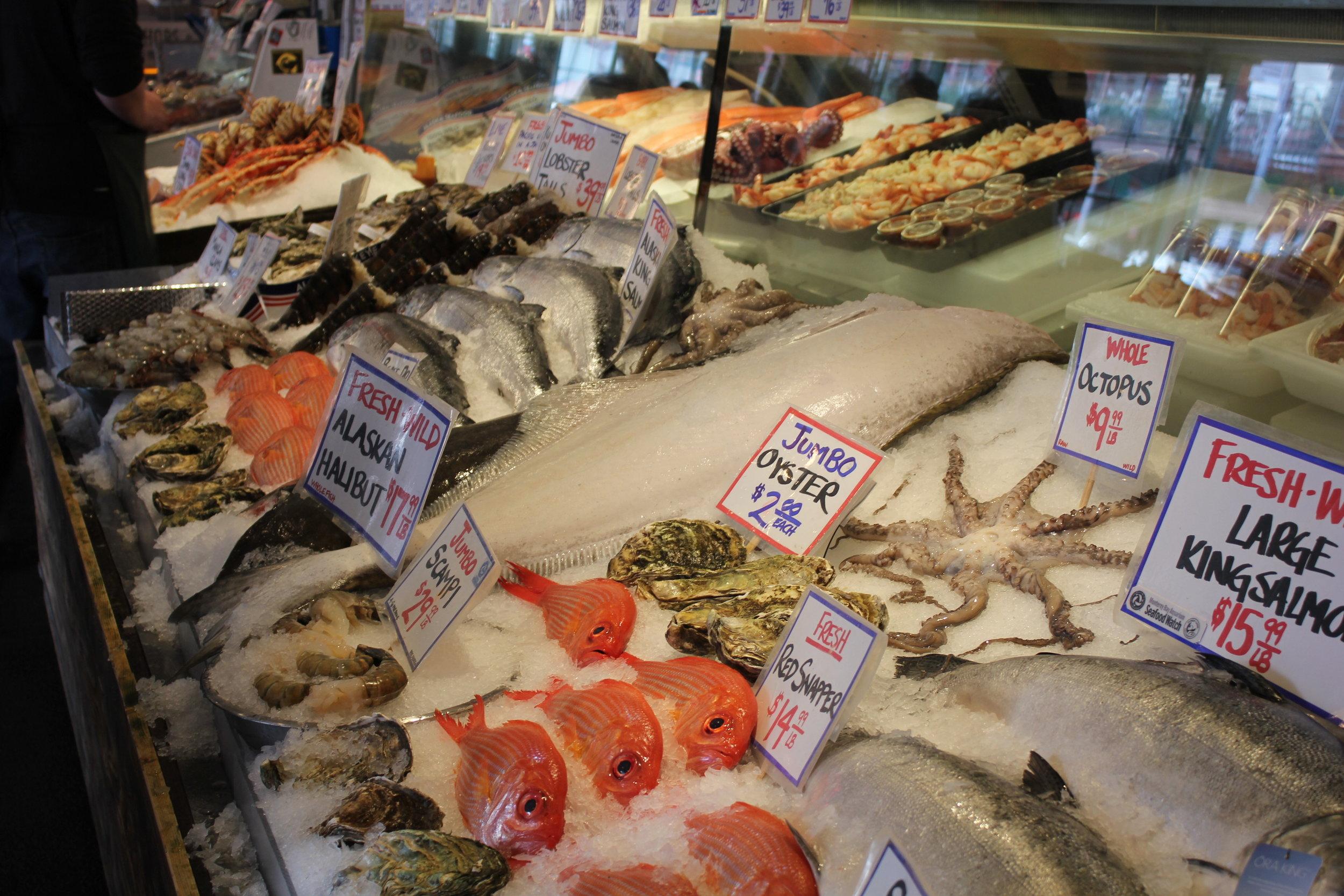 Pike Place Market – Fresh seafood