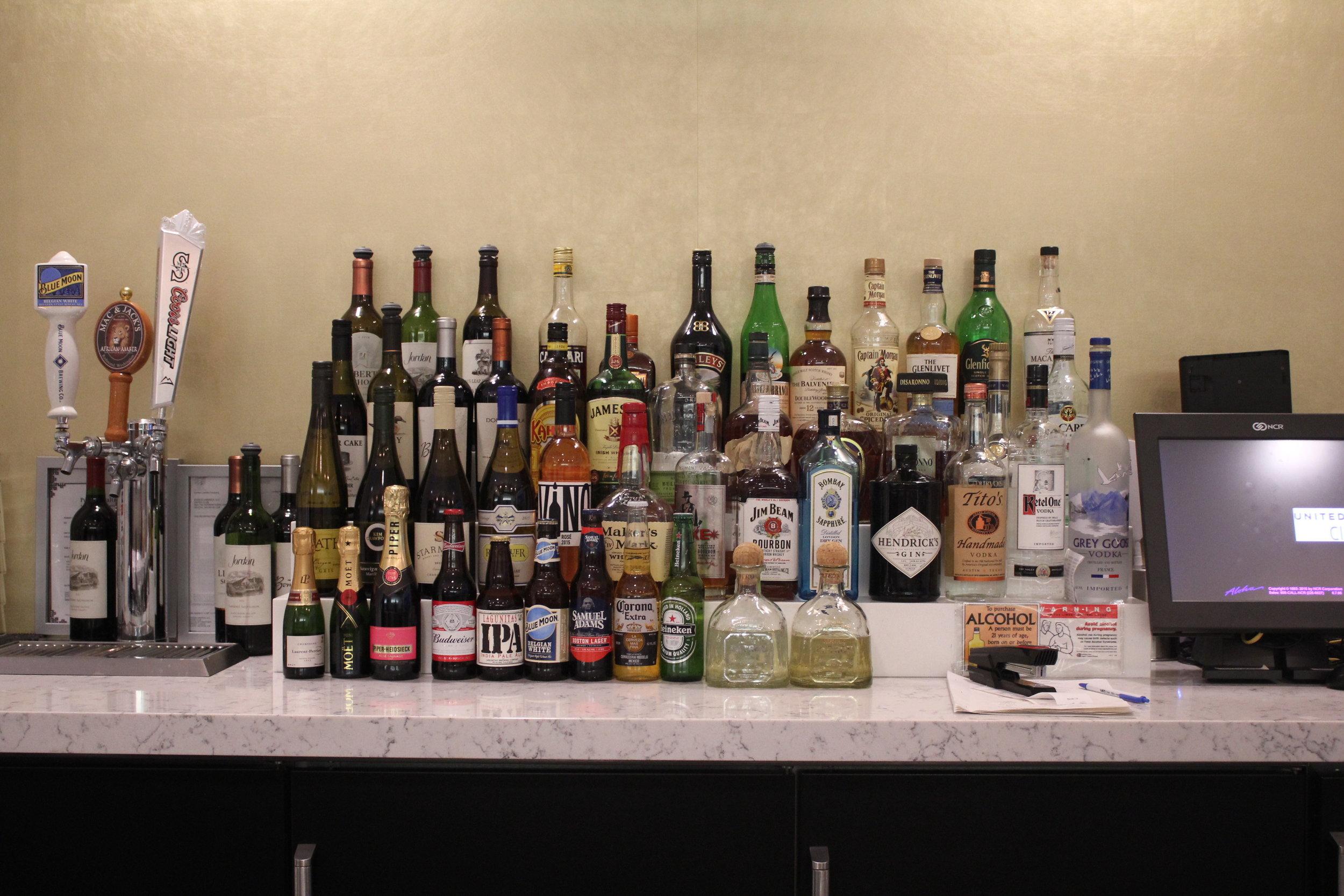 United Club Seattle – Liquor selection