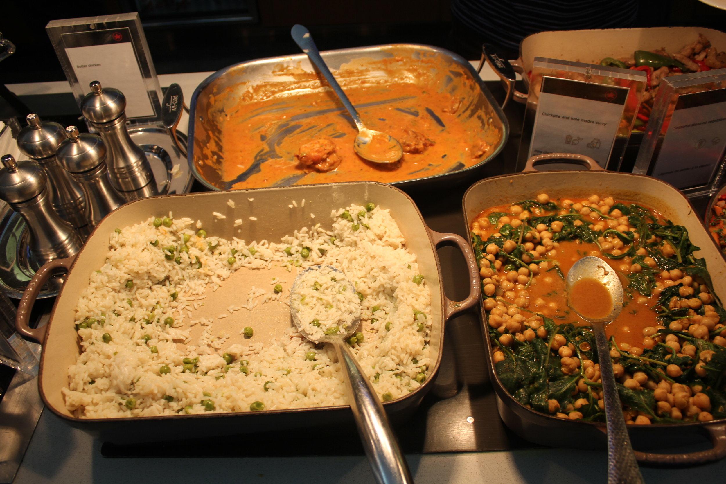 Air Canada Maple Leaf Lounge Toronto (International) – Food spread
