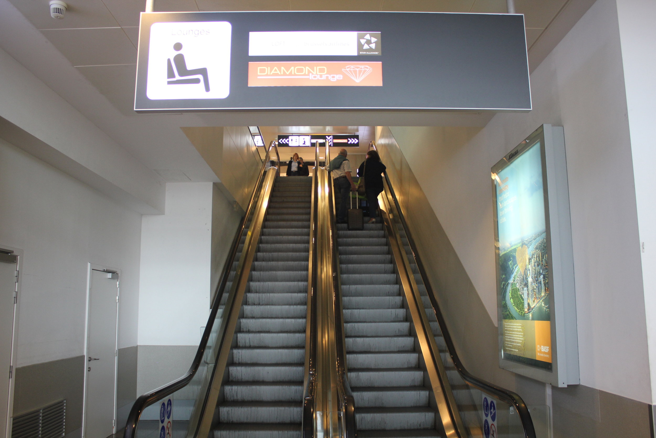 The Loft by Brussels Airlines – Escalator