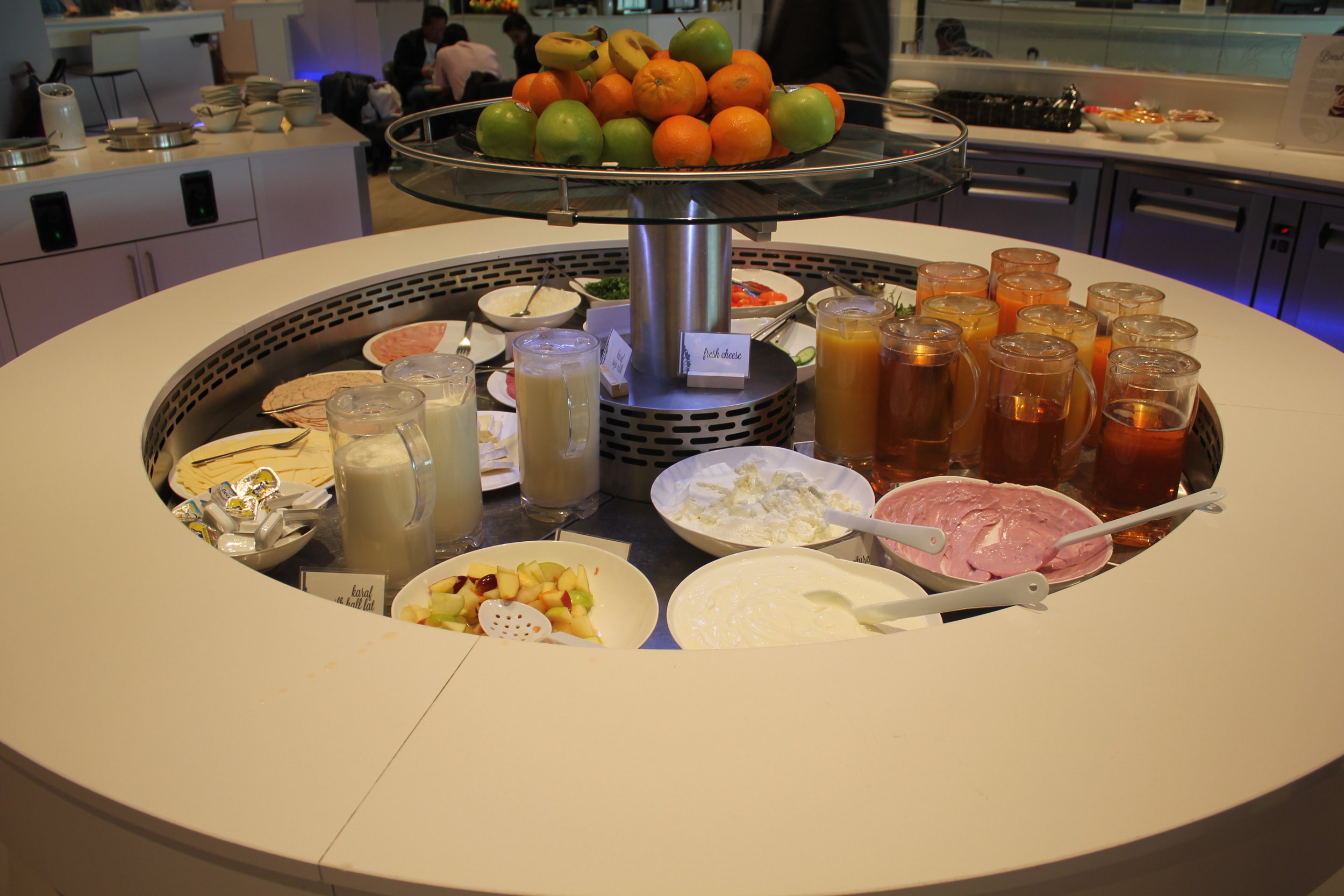The Loft by Brussels Airlines – Food spread