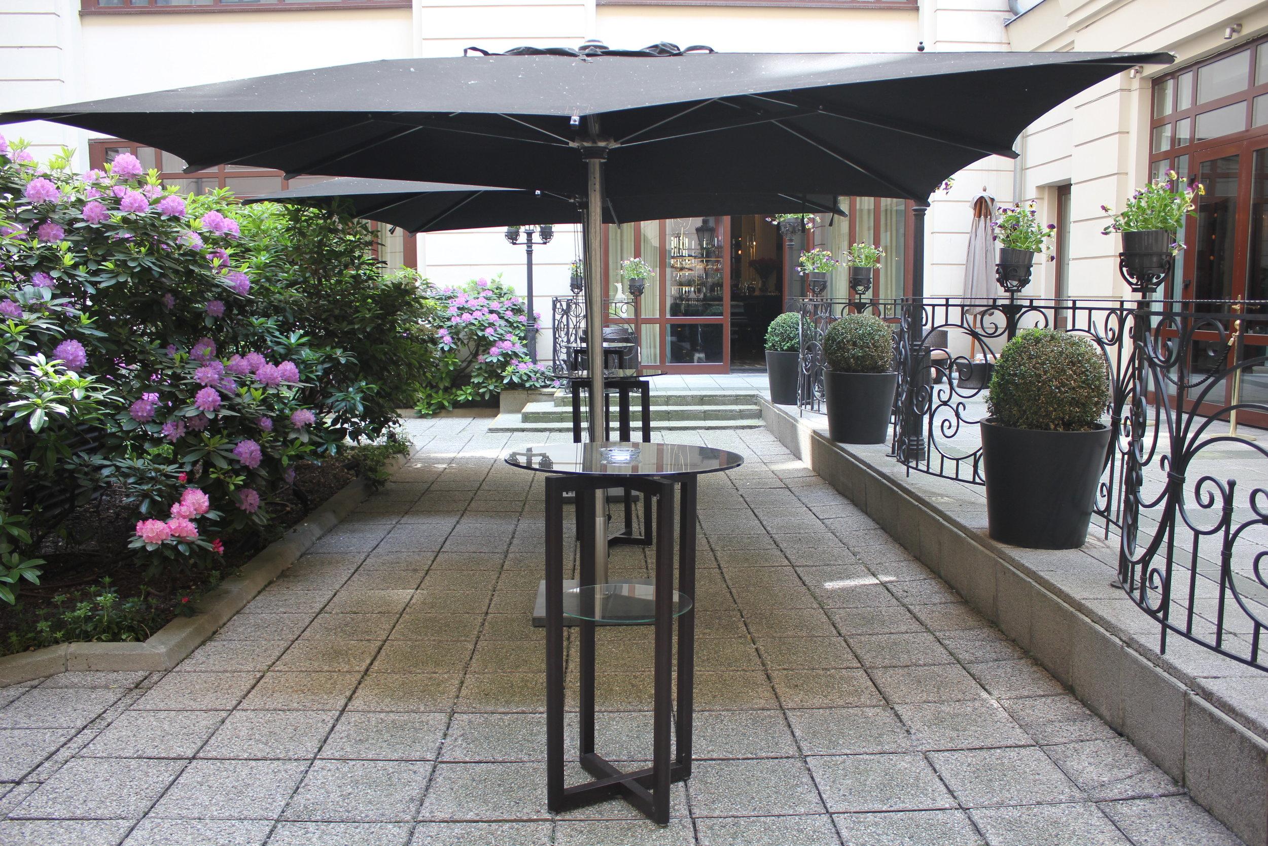 Hotel Bristol Warsaw – Courtyard