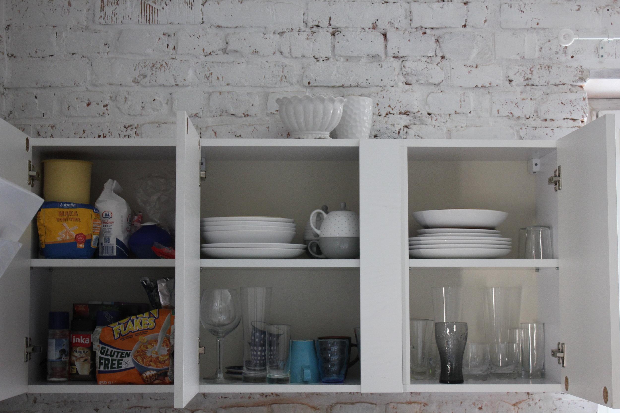 Apartament na Mariensztacie – Kitchen cabinet